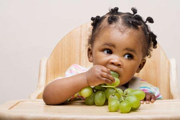 memilih makanan bayi yang sehat