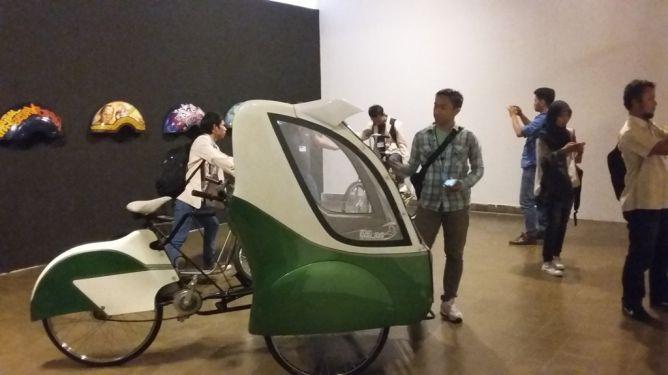 Anak Habibie Perkenalkan Teknologi Becak Listrik