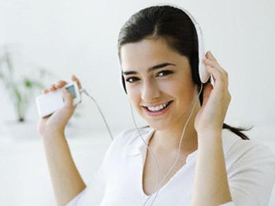 Beberapa Manfaat Positif dari Mendengarkan Musik