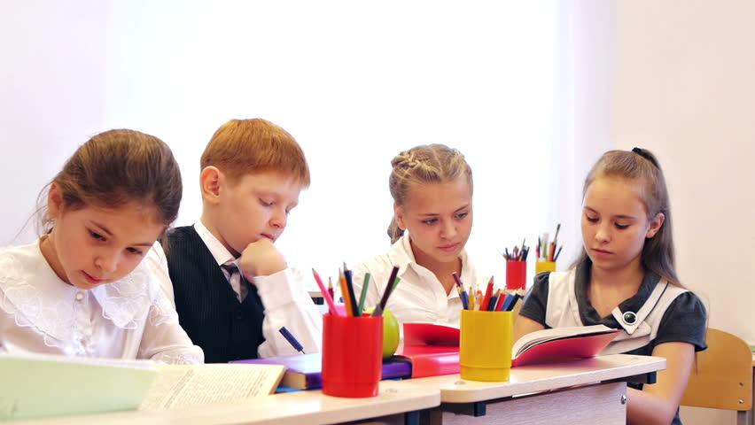 Sekolah preschool terbaik