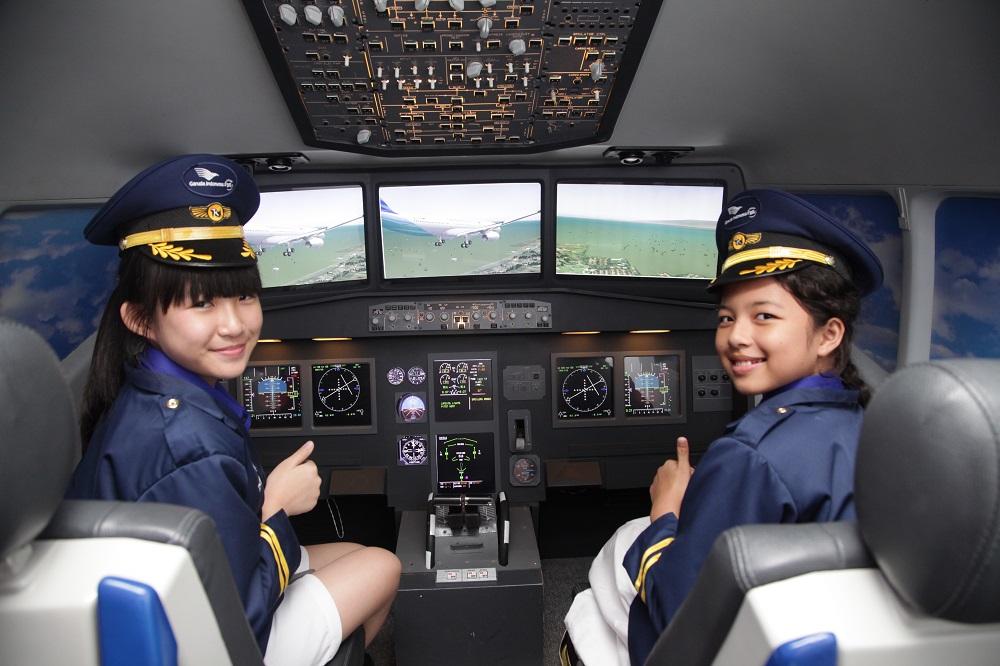 3 Tips Mempersiapkan Biaya Pendidikan Pilot Anak
