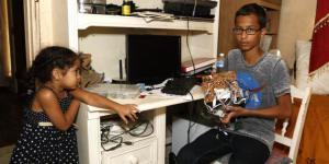 Sebuah Jam Disangkan Bom Rakitan, Remaja Muslim ini Ditangkap!